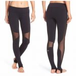 3 Ways to Wear Stirrup Leggings to Yoga Class